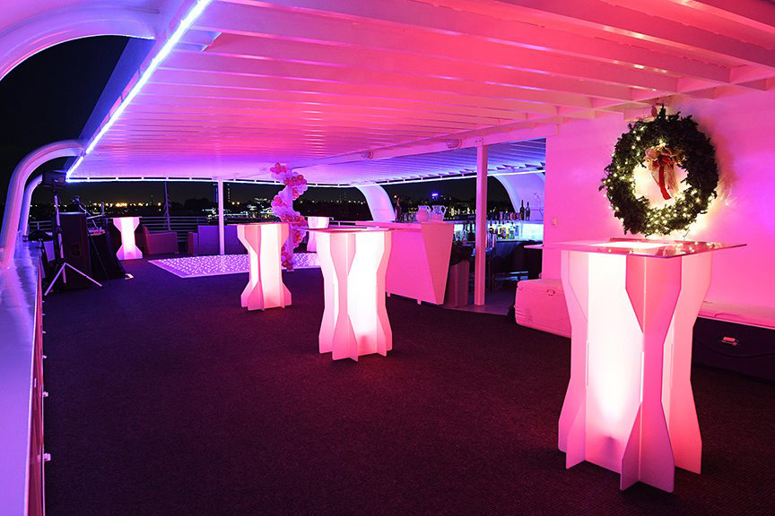 Sir Winston Party Yacht Charter