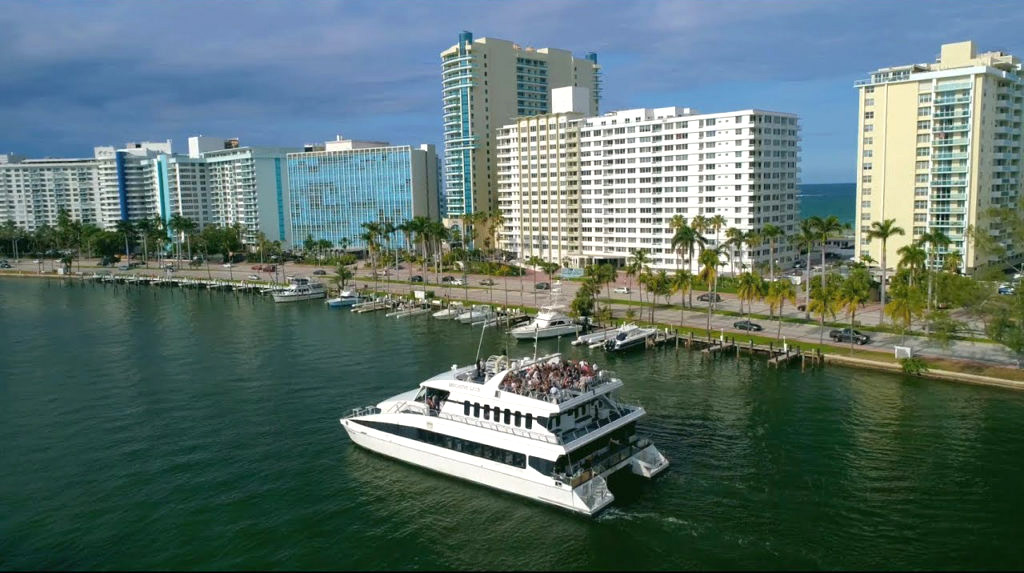 Luxury Catamaran Party Boat Charter
