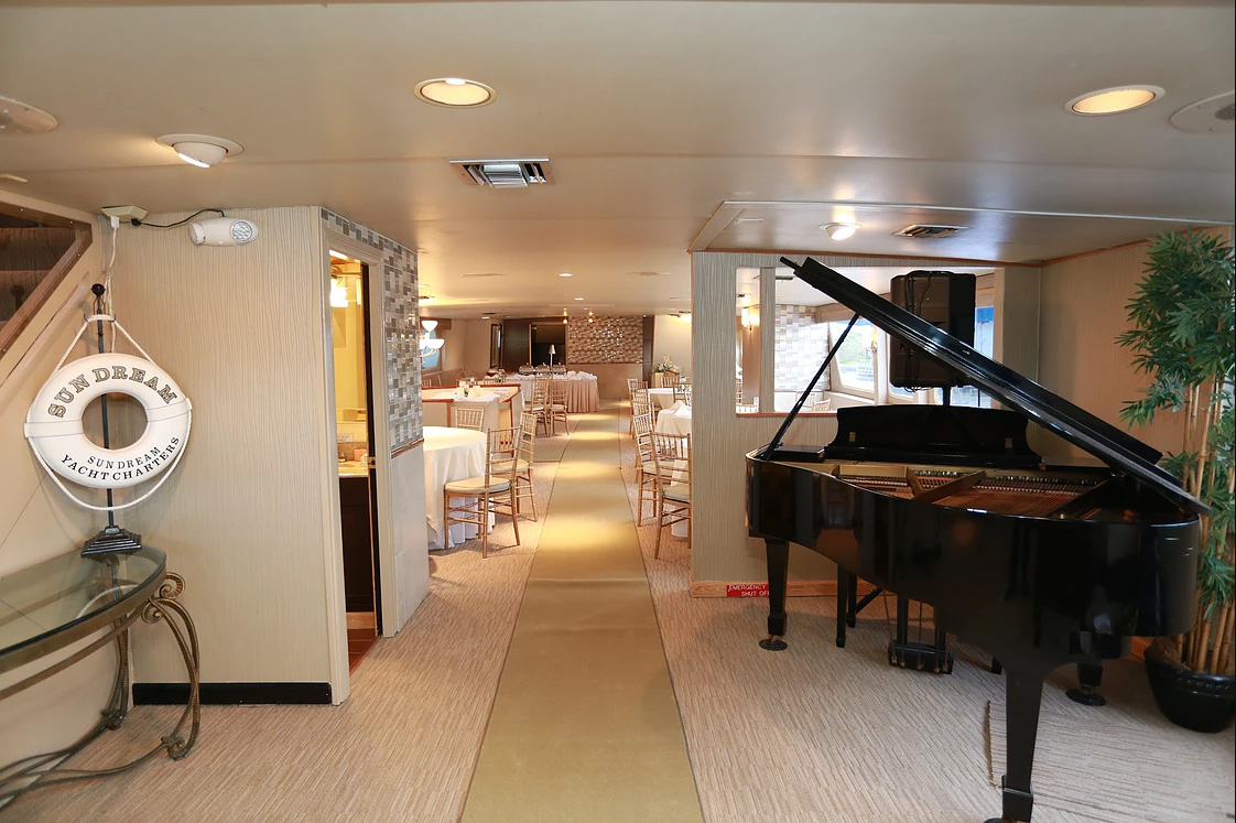 Dream I Party Yacht Charter